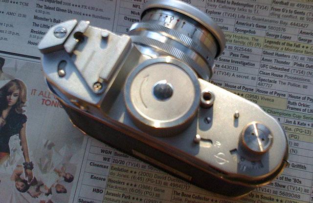 2009-04-08-robot-640px02